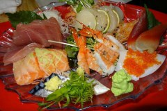 ホーチミン の ユニークな 寿司 屋 Ichiba Sushi