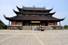 Bái Đính Buddhist Temple