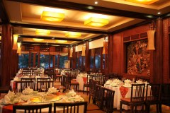 Co Ngu Restaurant Halong Bay