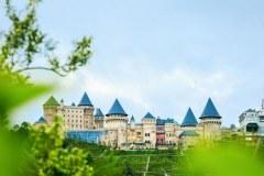 Fantasy Amusement Park Ba Na Hills