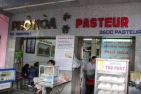 Phở Hòa local restaurant Ho Chi Minh city