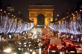 Mỗi tháng một lần cấm xe vào đại lộ Champs Elysees