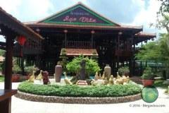 Nhà hàng sinh thái Lạc Viên