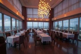 Nhà hàng Shri & Lounge